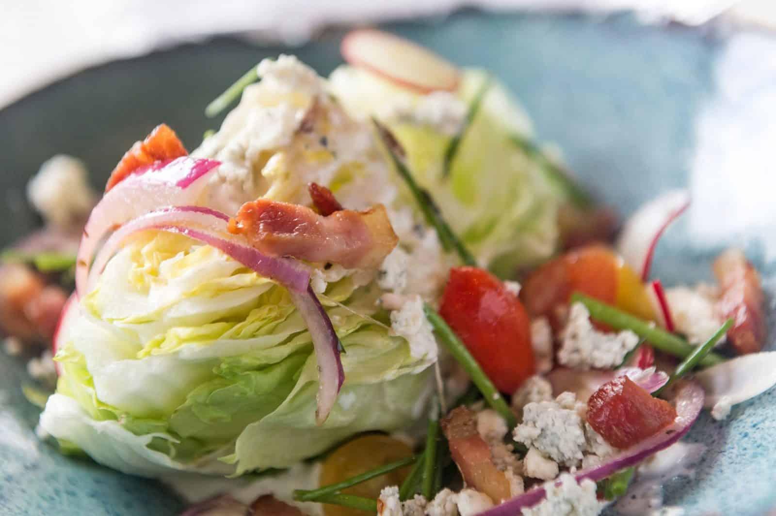 9 Foods You Should NEVER Order at a Restaurant